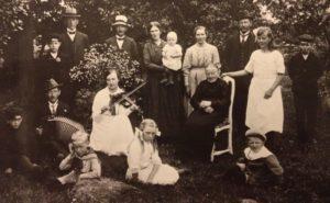 Swedish ancestors around 1915.
